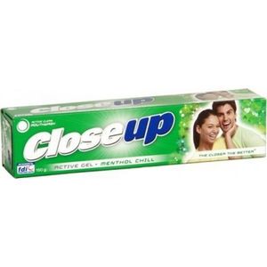 Dentifrice close up vert 75