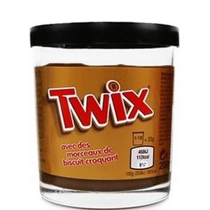 Pâte à tartiner Twix avec des morceaux de biscuit croquant 200g