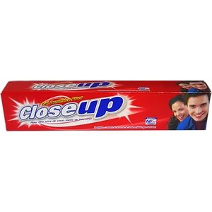 Dentifrice Close Up rouge 75 ml